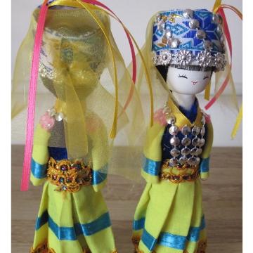 云南民族特色工艺品民族木娃娃普米族民族娃娃主产品供观赏和收藏工艺